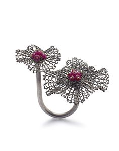 I don't know why but I really like this ring.  ===  Ring - Sowon Joo.