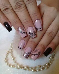 thousand Gusta Me 97 comments Beautiful and Healthy Nails (Packing Nageldesign Diy Nails, Cute Nails, Pretty Nails, Acrylic Nail Designs, Nail Art Designs, Acrylic Nails, Gucci Nails, Short Nails Art, Nail Art Videos