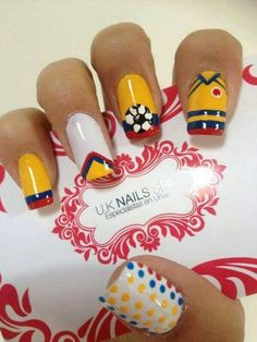 Lindas Daisy Nails, Flower Nails, Nail Spa, Manicure And Pedicure, Sun Nails, Bella Nails, Nail Tutorials, Cool Nail Art, How To Do Nails