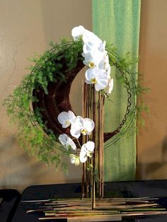 Top 25 Orchids Arrangement Ideas to Improve Your Beauty at Home - orchideen Homepage Ikebana Arrangements, Tropical Flower Arrangements, Modern Floral Arrangements, Ikebana Flower Arrangement, Beautiful Flower Arrangements, Unique Flowers, Beautiful Flowers, Tropical Flowers, Creative Flower Arrangements
