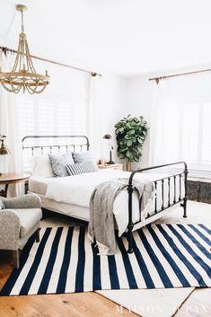 183418f707c KristieLatham.com    Brand and Web Designer White Bedroom