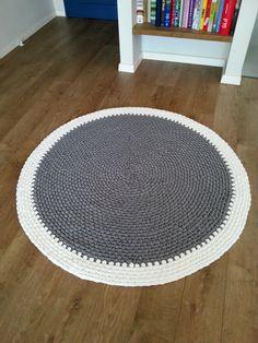 Crochet round rug t shirt yarn rug fabric yarn round rug por Lulaor