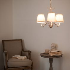 Bieten Sie Ihren Kindern Einen Bereich Zum Spielen Und Entspannen Und  Dekorieren Sie Ihn Mit Den Von Maisons Du Monde Ausgewählten Leuchten:  Lampen, ...