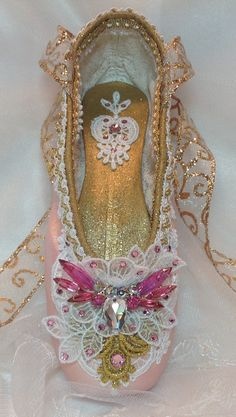 OOAK Pink and gold decorated pointe shoe. by DesignsEnPointe Pointe Shoes, Toe Shoes, Ballet Shoes, Ballet Crafts, Shoe Crafts, Muses Shoes, Victorian Shoes, Ballerina Slippers, Pretty Ballerinas
