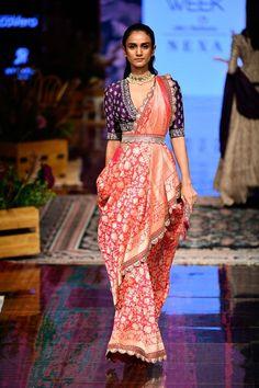 New Jayanti Reddy 2019 Lakme Fashion Week Collection - Fashion Sari Design, Diy Design, Saree Blouse Neck Designs, Saree Blouse Patterns, Saree Draping Styles, Saree Styles, Blouse Styles, Indian Designer Outfits, Designer Dresses