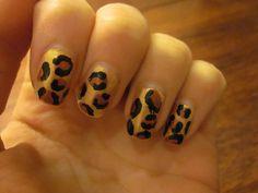 easy cheetah nails