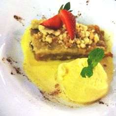 Pear crumble at Cafe Aria, Jakarta