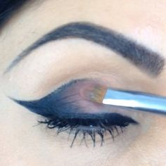 @Lilit Caradanian | A cat-eye cut crease video for those of you who keep asking