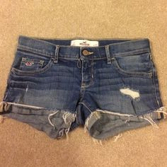 Hollister Distressed Jean Shorts Size 1 Hollister distressed jean shorts, size 1, in very good condition. Hollister Shorts Jean Shorts