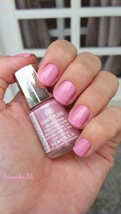 Candy Floss - Mavala. Lindo rosa pastel. Ótima fórmula de fácil aplicação. Demora um pouco mais pra secar.