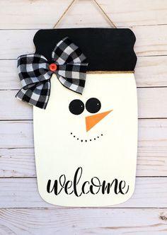 Christmas Mason Jars, Christmas Diy, Mason Jar Snowman, Christmas Signs, Christmas Ornaments, Mason Jar Crafts, Mason Jar Diy, Dollar Tree Crafts, Holiday Crafts