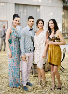 The 10 Dos and Don'ts of Being the Perfect Wedding Guest - Style Me Pretty