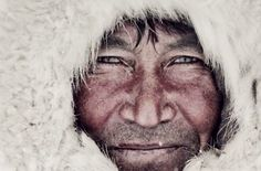 see-these-rare-photos-of-remote-tribes-before-they-disappear6