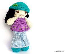 Easy crochet doll pattern, filled with photos, stitch count for every row and unlimited email support!