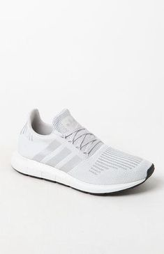sports shoes 97175 1be6f 29 Best Shoes images in 2019   Shoe collection, Boyfriend tee ...