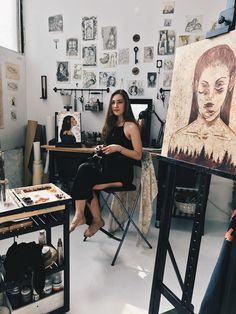 Ideas quotes famous artists life for 2019 Dream Studio, Studio Room, Bureau D'art, Photo Humour, Art Studio Design, Artist Aesthetic, Wow Art, Artist Life, Famous Artists