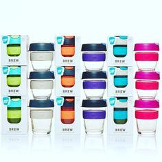 Bästa presenten - KeepCup i tåligt glas.  — KeepCup Brew i tåligt glas är snyggaste take away muggen. Passar perfekt både på jobbet och hemma. Locket är i BPA-fri plast. En fin present till någon du gillar.  Finns två storlekar o massor med färger.