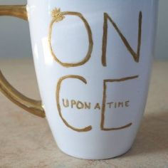 This would be such a fun DIY to try  (#otp #ouat #oncer #onceuponatime #bellefrench #rumple #rumbelle #rumplestiltskin #beautyandthebeast #love #DIY) by ru_mbel_le