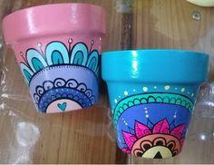Flower Pot Art, Flower Pot Crafts, Clay Pot Crafts, Painted Plant Pots, Painted Flower Pots, Pots D'argile, Clay Pots, Easy Easter Crafts, Small Canvas Art