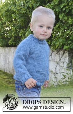Ravelry: Fredrik pattern by DROPS design Source by terrytedesco Sweater Baby Knitting Patterns, Baby Cardigan Knitting Pattern, Baby Hats Knitting, Knitting For Kids, Baby Patterns, Free Knitting, Drops Design, Pull Bebe, Knit Baby Sweaters
