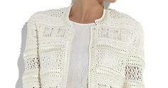 Oi gurias!  Com a estação do outono mais definida, um casaqueto de crochê  é uma peça que valoriza a produção sem deixar o look com cara de ...