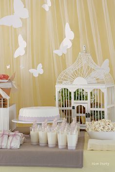 i like the tull as a backdrop. Love the white butterfly theme. Butterfly Garden Party, Butterfly Birthday Party, Butterfly Baby Shower, 1st Birthday Girls, 1st Birthday Parties, Birthday Ideas, Decoration Buffet, Table Decorations, Baby Shower Themes
