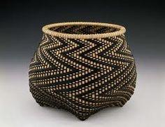 Billie Ruth Sudduth | Fibonacci Basket : http://www.brsbasket.com/gallery/index.html