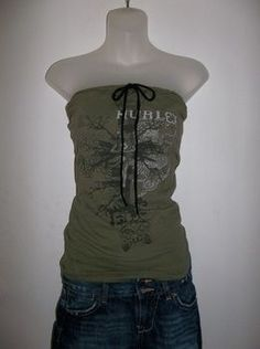 Make your husbands/boyfriends old tees into a tube top for yourself in less than 15 minutes!