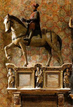 Venedig, Basilica di Santa Maria Gloriosa dei Frari, Grabmal des Condottiere Paolo Savelli (funerary monument of Condottiere Paolo Savelli)