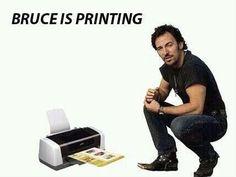 Bruce Springsteen : Se dedicará a otro profesión . Make Em Laugh, Make You Smile, Laugh Out Loud, Bruce Springsteen, Love Pictures, Funny Pictures, Internet Memes, Humor Grafico, Funny Posts