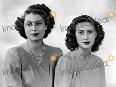 -j: Princess Margaret (Age 16) and Her Sister Princess Elizabeth (Age 21) Dorothy Wilding/cp/Globe Photos, Inc.