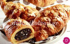Κρουασάν εύκολα, γεμιστά με σοκολάτα | Dina Nikolaou Greek Sweets, Breakfast Time, Sweet Bread, Crepes, Waffles, Pancakes, Sausage, French Toast, Brunch