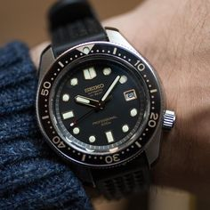 """423 Me gusta, 1 comentarios - WATCHMANIA (@watchmania) en Instagram: """"""""The Seiko 1968 Automatic Diver's Re-creation Limited Edition Ref SLA025"""", god damn it; that's a…"""""""