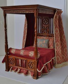 1:12 Scale Tudor Bed by Ken Haseltine Regent Miniatures, via Flickr