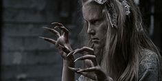مطاردة الشياطين قصص رعب Targaryen Horror Daenerys Targaryen