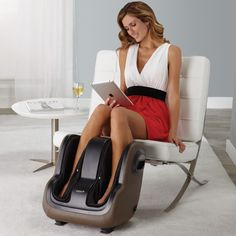 The world's first app-controlled massage for your feet & calves