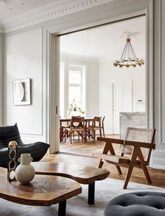 Interior Styling Videos - - Minimal Rustic Interior - - Art Deco Apartment Interior - Elegant Home Interior Salon Interior Design, Interior Design Inspiration, Interior Styling, Interior Livingroom, Classical Interior Design, Interior Design Masters, Interior Colors, Interior Plants, Design Interiors