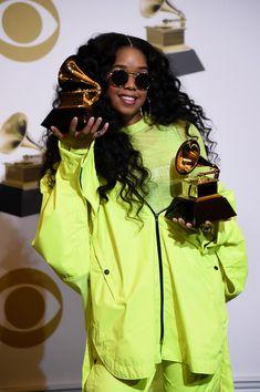 Her Photos Photos: Annual Grammy Awards - Press Room Black Girl Halloween Costume, Black Music Artists, Best R&b, R&b Albums, R&b Artists, Black Girl Aesthetic, Staples Center, Artist Album, February 10