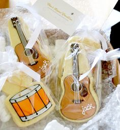 """Drum and guitar Cookies~ By Crazy For Design, Music Party """"Jammin' with Jack"""", Brown Galletas Cookies, Iced Cookies, Cute Cookies, Royal Icing Cookies, Cupcake Cookies, Sugar Cookies, Cupcakes, Music Theme Birthday, Music Themed Parties"""