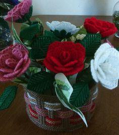 3d roses in plastic canvas