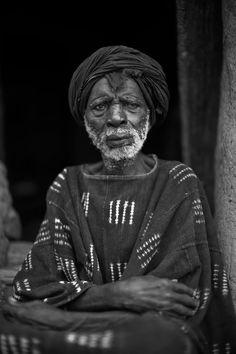 Africa | Yanigo Kodio (born 1929), Hogon of Ibi. Ibi, Pays Dogon, Mali | ©Alfred Weidinger