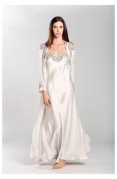 Bridal #elegant #sleepwear #gowns Bridal – Flora Lastraioli Shop Online Wedding Night Lingerie, Bridal Lingerie, Pretty Lingerie, Night Wear Dress, Night Gown, Satin Sleepwear, Sleepwear Women, Lingerie Outfits, Satin Gown