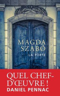 """A l'instar d'Harper Lee, Magda Szabó fait partie de ces immense auteurs trop longtemps méconnus. Lorsqu'il la découvre en 1959, Hermann Hesse dit de Magda Szabó à son éditeur allemand: """"j'ai pêché pour vous un poisson d'or. Achetez toute son oeuvre, ce qu'elle écrit et écrira."""" La Porte est considéré comme un classique de la littérature hongroise du XXe siècle et est reconnu au niveau international."""