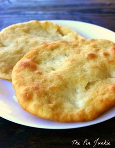 Indian Fry Bread--Quick, yummy, easy to make. Just made them for dinner. 4 ingredients, no yeast. Used to eat Navajo tacos at the Cougar Eat made with fry bread. Easy Fry Bread Recipe, Fried Bread Recipe, Easy Bread Recipes, Cooking Recipes, Recipe For Indian Fry Bread, Navajo Bread Recipe, Indian Bread Recipes, Indian Fry Bread Recipe With Powdered Milk, Gourmet