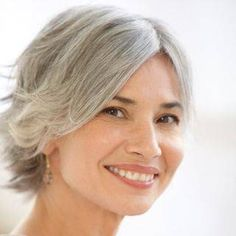 5 Trucos de Maquillaje Simples para Verse 10 Anos mas Joven