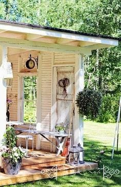 elements to use: a gazebo made of repurposed build...