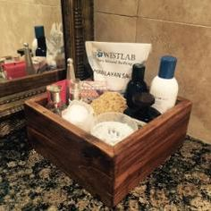 Toiletries storage box, crafted from reclaimed pallets, handmade, great addition for a bathroom, size 20x20 cm