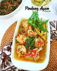 Resep olahan ayam sederhana © 2020 brilio.net Instagram/@yulichia88 ; Instagram/@novita._.sari Indonesian Food, Thai Red Curry, Breakfast Recipes, Food And Drink, Chicken, Sari, Cooking, Ethnic Recipes, Instagram