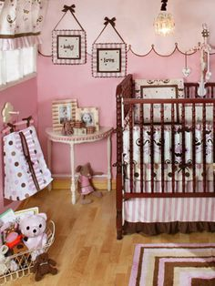 The colors and how the wall is cut in half design. This would look so cute for Aubree's room!