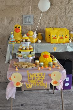 Rubber Ducky party. I love the favors bag!